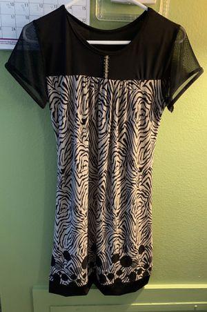 Black and white dress for Sale in Alafaya, FL