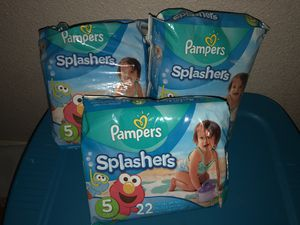 Pampers splashers size 5 for Sale in Fort Worth, TX
