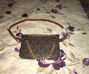 BRAND NEW! Michael Kors //woman waist belt bag (small) for Sale in Brandon, FL