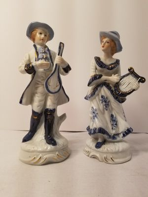 Vintage collectible Victorian statue Figurine glass collectibles for Sale in Glendale, OR