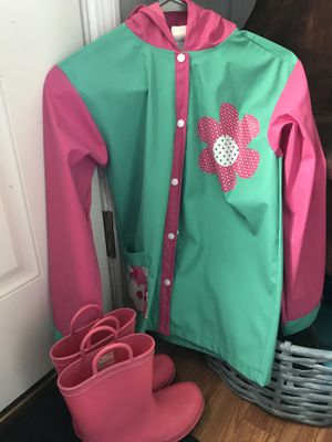Girls raincoat & boots for Sale in Greenback, TN