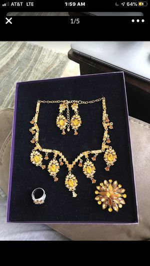 Gold jewellery set for Sale in Brentwood, CA