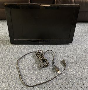 30 inch Samsung tv for Sale in Dearborn, MI