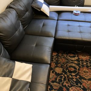 Black Couch Leather for Sale in Seattle, WA