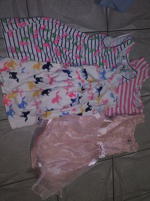 Hermosa ropita de niña 28 piezas 4t y 5t .no gratis .not free todo por 40 for Sale in Hialeah, FL