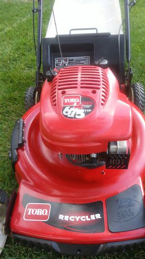 TORO LAWN MOWER 6.75 SELF PROPELLED for Sale in Fontana, CA