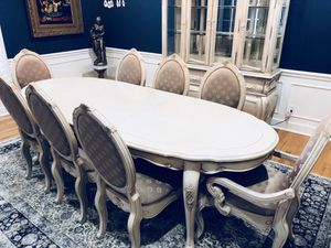 Gorgeous Formal Dining Table, 8 Chairs, and China Buffet for Sale in Murfreesboro, TN
