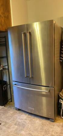⚐ Refrigerator French door stainless steel fridge energy star like new for Sale in Adamsville, AL