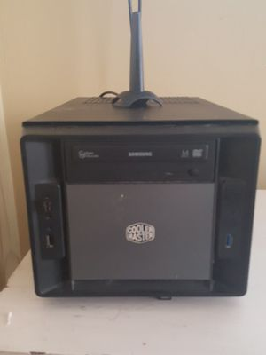 Small computer for t.v. or monitor for Sale in Chicago, IL