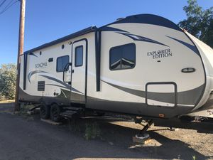 2017 Sonoma Travel Trailer (240RBS) for Sale in Ramona, CA