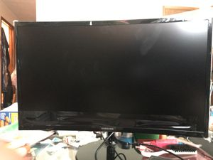 """390 Series 24"""" LED Curved FHD FreeSync Monitor High glossy black for Sale in Pleasant Grove, AL"""