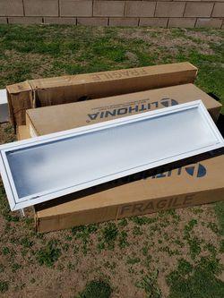 Light FIXTURES for Sale in Yorba Linda,  CA