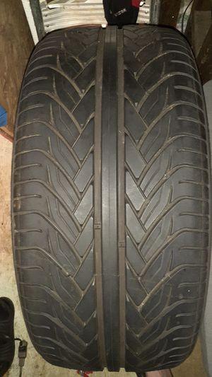 lexani lx thirty 22 inch tire 265/ 35zr22 for Sale in Hampton, GA