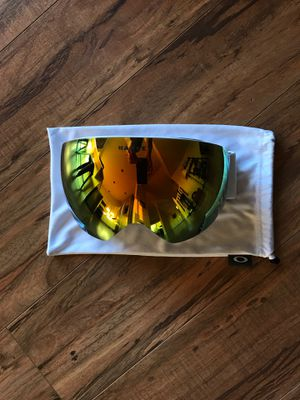 Oakley Flight Deck Snow Goggle for Sale in Stanwood, WA