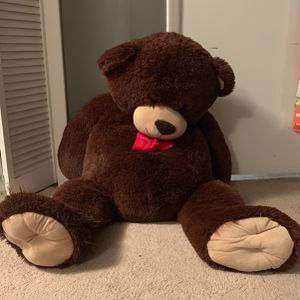 Giant Teddy bear for Sale in Silver Spring, MD
