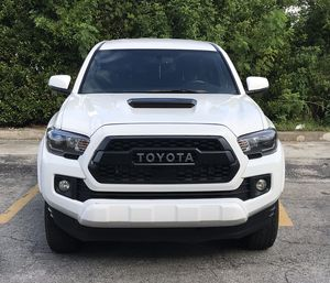 2017 TOYOTA TACOMA TRD SPORT 4X4 21500$ for Sale in Sunny Isles Beach, FL