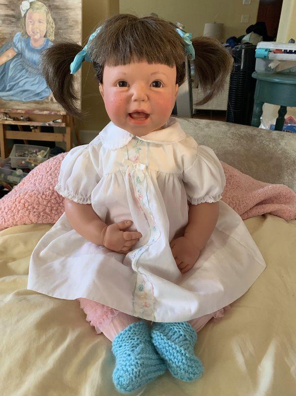 Lee Middleton girl doll