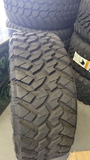 35125020 NITTO TRAIL GRAPPLERS 99% tread TAKE OFFS for Sale in Phoenix, AZ
