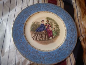 Century by salem plate for Sale in Abilene, TX