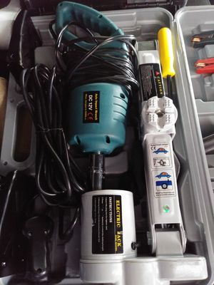 Electric car jack& electric wrench for Sale in Dallas, TX