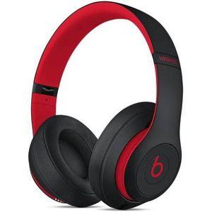 Beats studio 3 headphones for Sale in Des Moines, WA