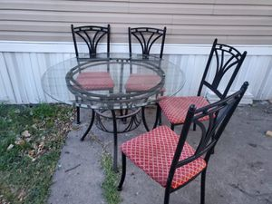 Dinning table of 4 for Sale in Tulsa, OK