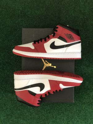 Air Jordan 1 Mid Chicago (2020) Size Men's 10 **Deadstock** SALE PENDING for Sale in Lynnwood, WA
