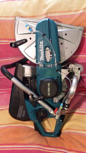"( PRICE IS FIRM ) MAKITA 14"" CONCRET SAW 4 STROKE for Sale in Winston-Salem, NC"
