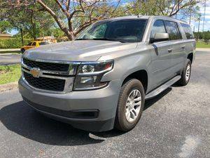 Like new condition2018 Chevrolet Suburban 2WD 4dr 1500 LT Clean title good miles about for Sale in Miramar, FL