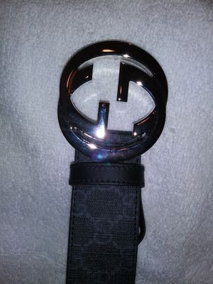 Gucci Supreme blk/grey men's belt for Sale in San Francisco, CA