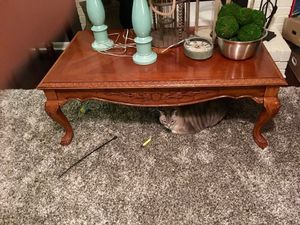 Coffee table & 2 end tables $75 obo for Sale in Smyrna, TN