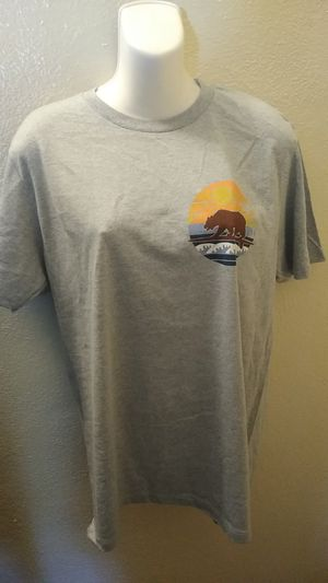 Men's New T-shirt Ocean Current Brand size Medium and Large available for Sale in Los Angeles, CA