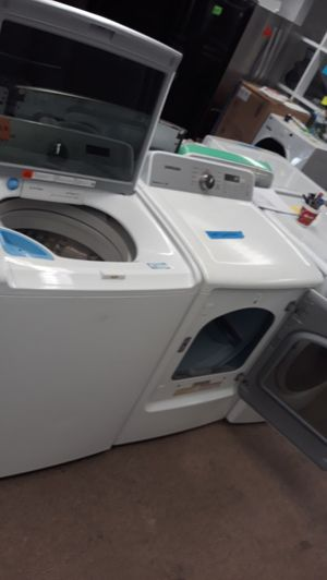 Samsung white top load washer and dryer set excellent condition for Sale in Maryland City, MD