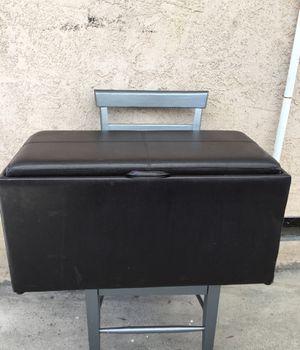 Cajón para guardar for Sale in South Gate, CA