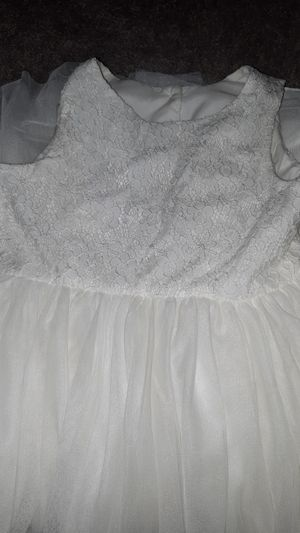 Davids bridal flower girl dress size 8 for Sale in Fontana, CA
