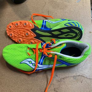 Men's Boys Saucony velocity S Track shoes Size 11 for Sale in Houston, TX