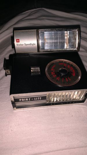 Vintage flash for film camera for Sale in New York, NY