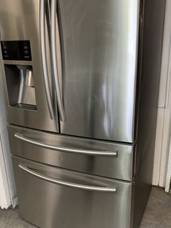 "Samsung 4 Door Stainless Steel Refrigerator 36"" Wide for Sale in Fort Lauderdale,  FL"