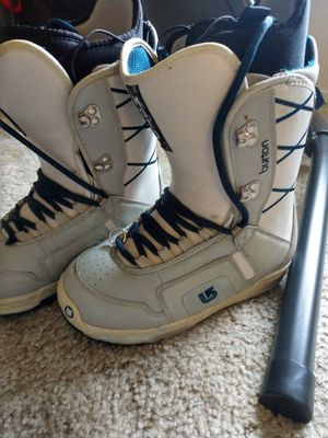Option snowboard, flow bindings, burton boots for Sale in Atascadero, CA