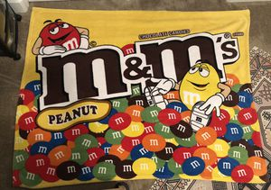 M&M plush throw blanket for Sale in Bakersfield, CA