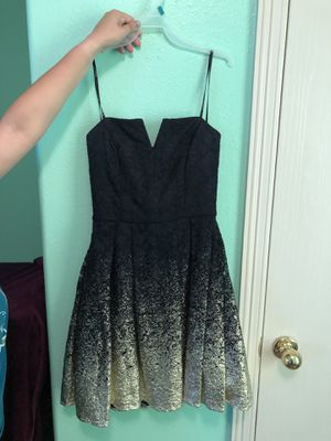 DRESS WORE ONCE SIZE 7/8 for Sale in Brownsville, TX