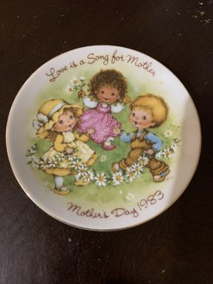 Precious moments plates set 1981 and 1983 for Sale in Santa Ana, CA