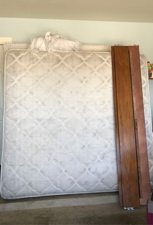 King bed for Sale in Killeen, TX