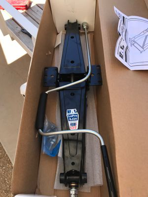 Camper scissor stabilizer jack for Sale in Avondale, AZ