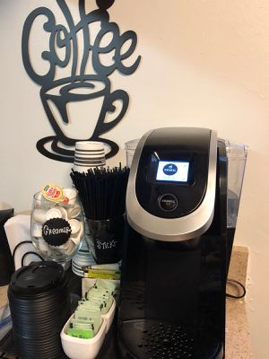 Coffee maker keurig 2.0 for Sale in Boynton Beach, FL