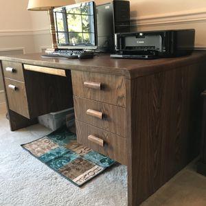 Desk for Sale in Auburn, WA