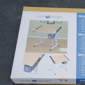 BRAND NEW STUDIO DESIGNS CRAFT STATION WORK STATION DRAWING TABLE $100 Firm for Sale in Houston, TX
