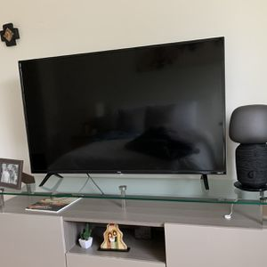 BRAND NEW TCL 50 inch 4K Smart TV WESTON for Sale in Fort Lauderdale, FL