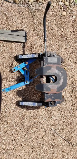 RBW Industries Inc. 5th Wheel Trailer Hitch for Sale in Hudson, CO