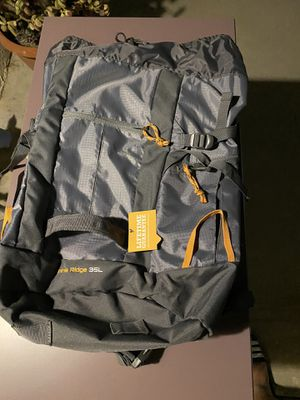 Pine ridge 35L backpack for Sale in Grand Terrace, CA